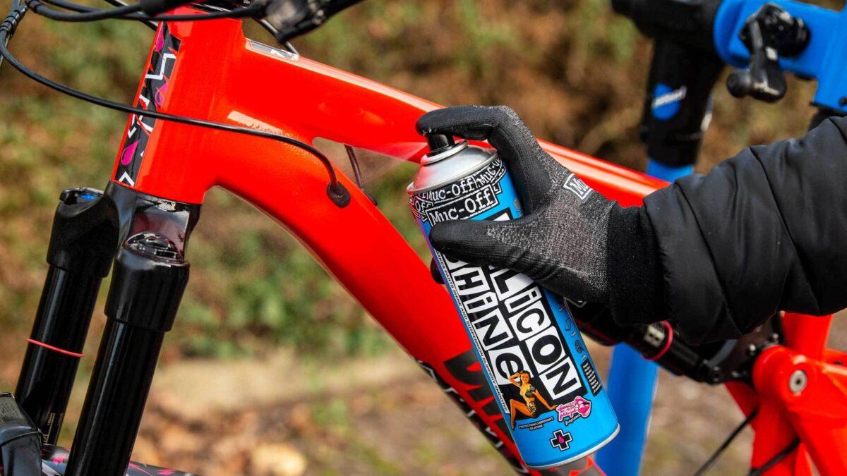 - Muc-Off Silicon Shine, sprej za zaščito kolesa - OPTIBIKE