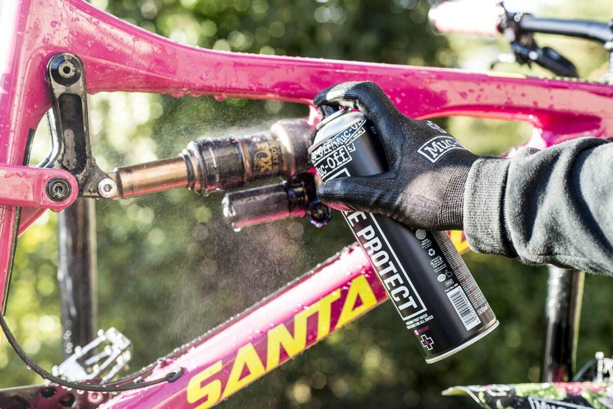 - Muc-Off Bike Protect, teflonski sprej za zaščito kolesa - OPTIBIKE