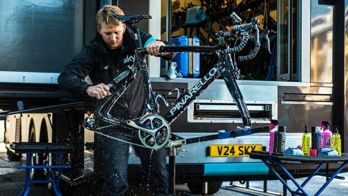- Muc-off Premium Brush Kit, 5 delni komplet krtač za čiščenje kolesa - OPTIBIKE