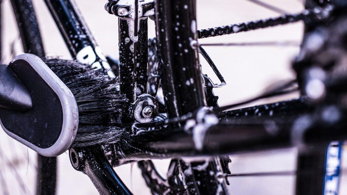 - Muc-off Premium Brush Kit, 3 delni komplet krtač za čiščenje kolesa - OPTIBIKE