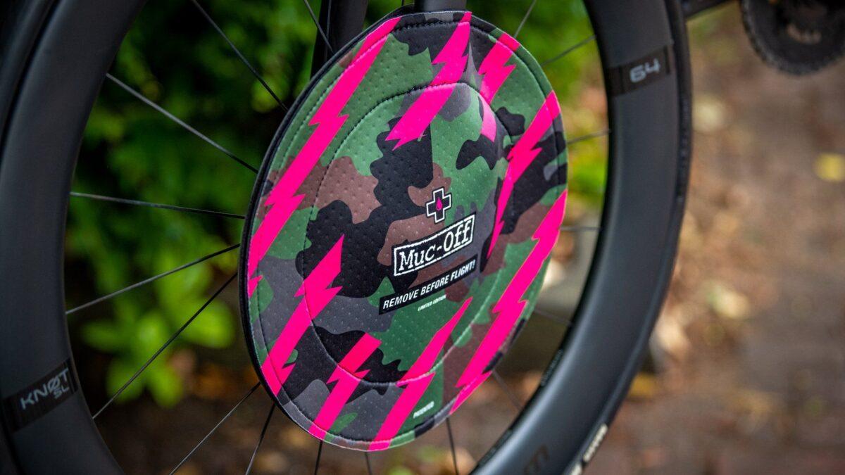 - Muc-Off Disc Brake Covers, pokrivalo za disk rotorje (camo) - OPTIBIKE