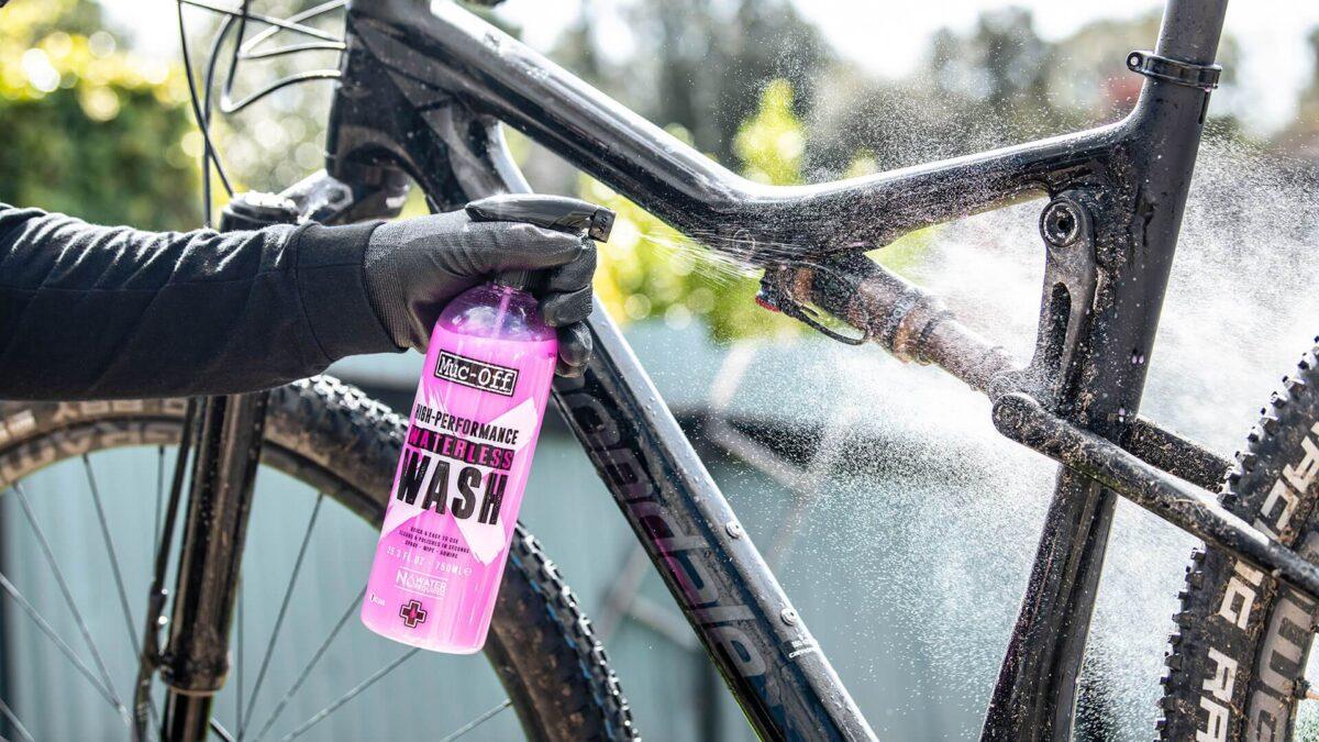 - Muc-Off High Performance Waterless Wash, čisto za čiščenje brez vode - OPTIBIKE