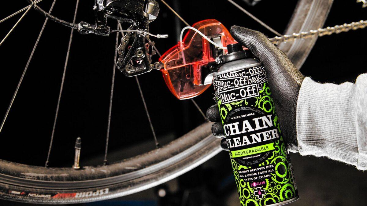 - Muc-Off Bio Chain Doc, čistilo + naprava za čiščenje verige - OPTIBIKE